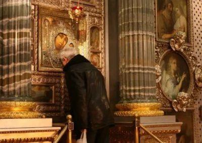 Какая икона находится в Казанском соборе
