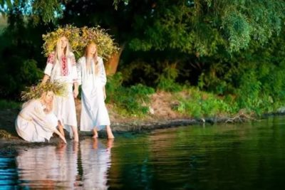 Можно ли мыться в Троицу
