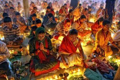 Кто исповедует индуизм