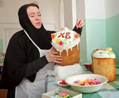 Можно ли печь куличи в день Пасхи