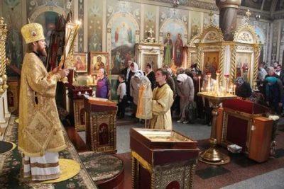 Сколько времени длится литургия в храме