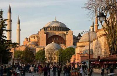 В каком веке построен храм Святой Софии