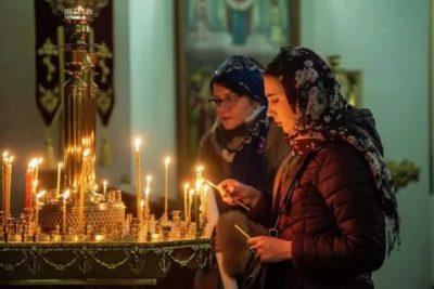 Какие православные церкви празднуют Рождество 25 декабря