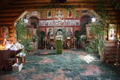 Для чего украшают дом на Троицу