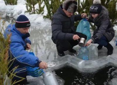 Когда можно набирать крещенскую воду из крана