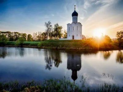 В каком году была построена церковь Покрова на Нерли