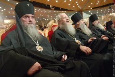 Сколько всего священников в России