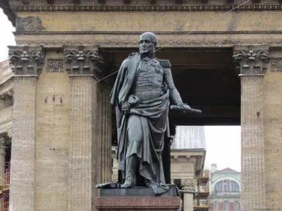 Кто скульптор Казанского собора