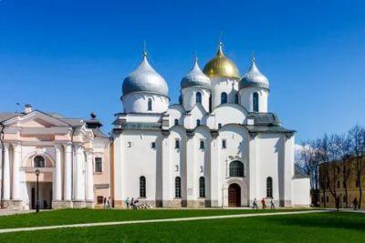 В каком стиле был построен Софийский собор